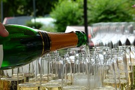 champagne-215645__180
